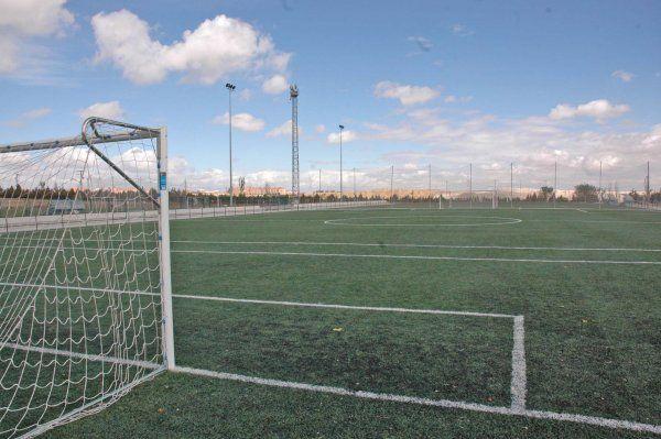 Centro deportivo municipal vic lvaro madrid pistaenjuego for Piscina valdebernardo