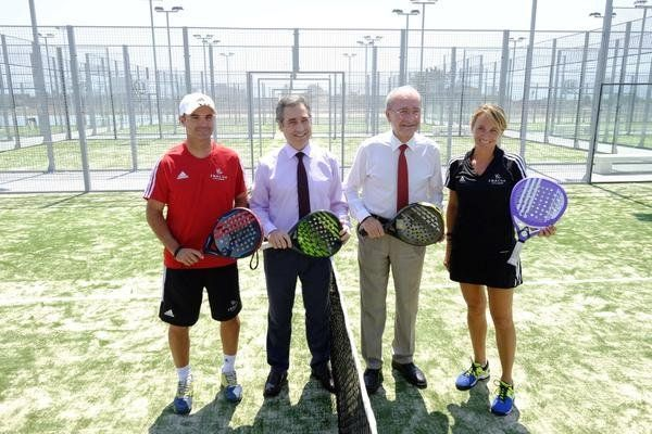 Inacua centro raqueta m laga pistaenjuego for Pistas de padel malaga