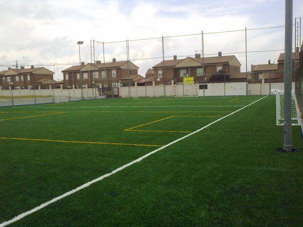 Centro deportivo el alamo lamo el pistaenjuego for Piscina municipal arganzuela