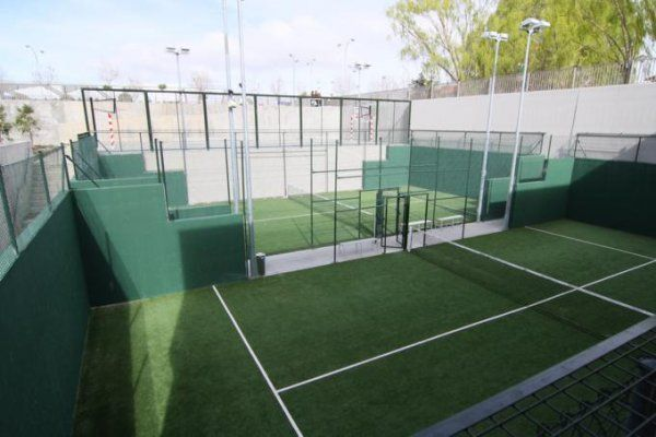 Club deportivo covaresa siglo xxi valladolid pistaenjuego - Centro deportivo siglo xxi zaragoza ...