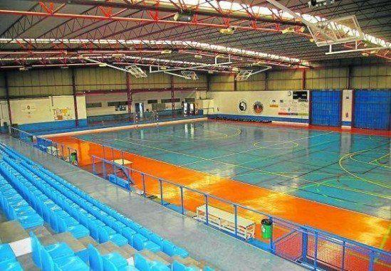 Instalaciones deportivas de ortuella pistaenjuego for Piscinas de artxanda