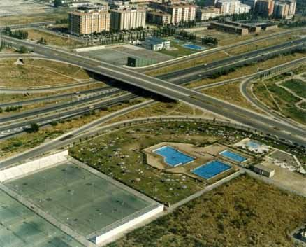 Centro deportivo municipal actur zaragoza pistaenjuego for Piscinas actur