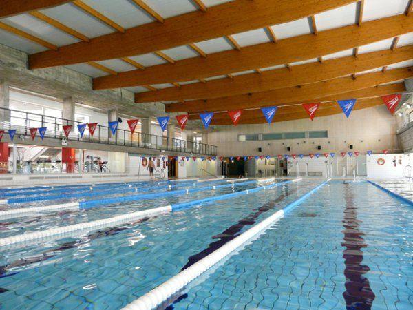 Ufec salt piscina municipal pistaenjuego for Piscina municipal campos